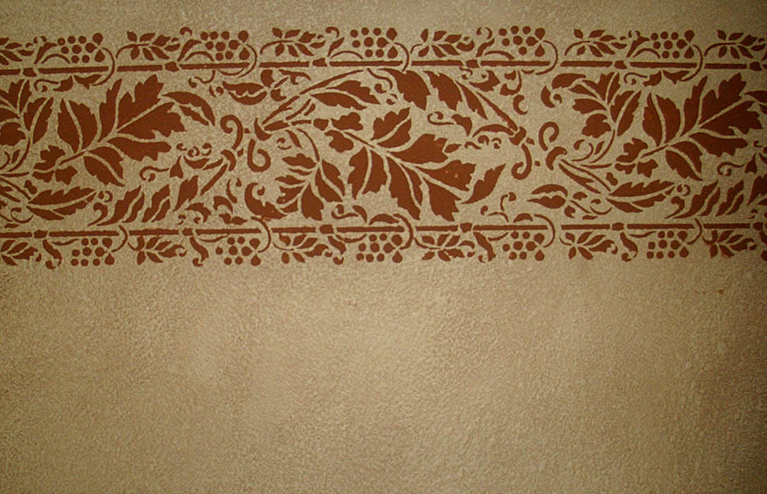 Stenciling a decorative painting or faux finish effect - Border stencils for painting ...